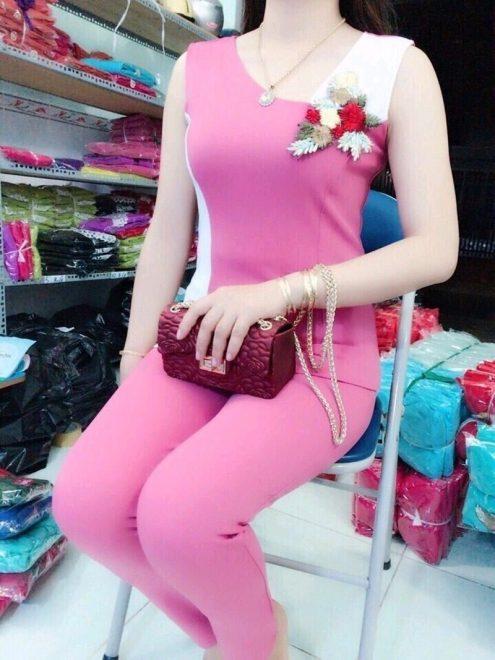 nữ trung niên hồng