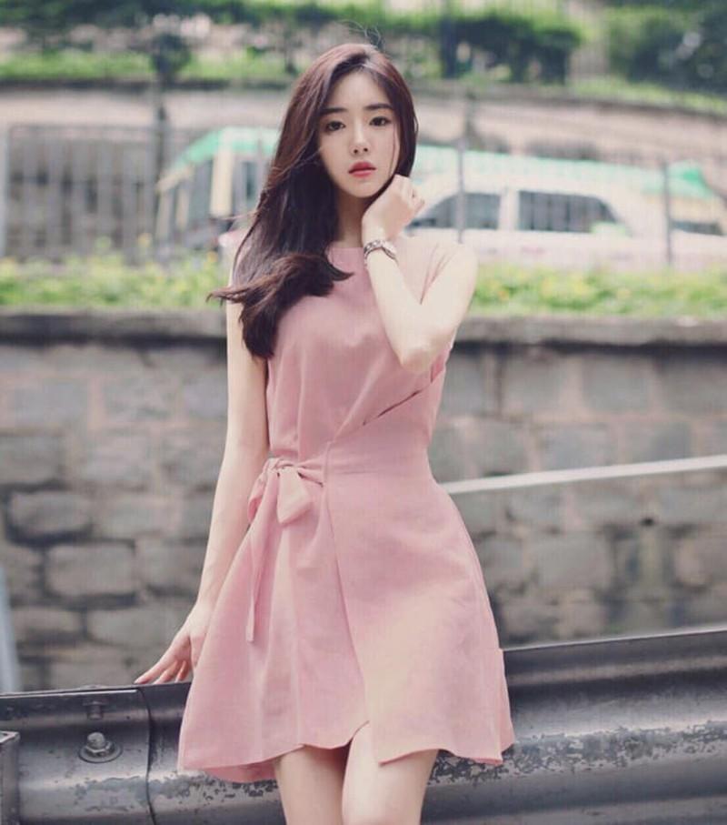 Váy voan xòe màu hồng pastel
