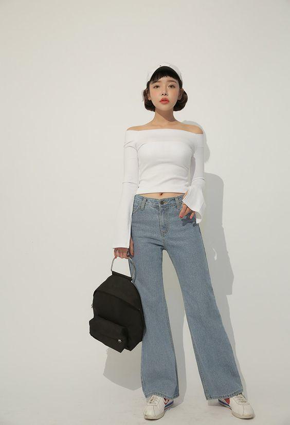 Quần jeans ống rộng